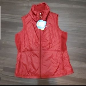New! Columbia Water and Stain Resistant Vest